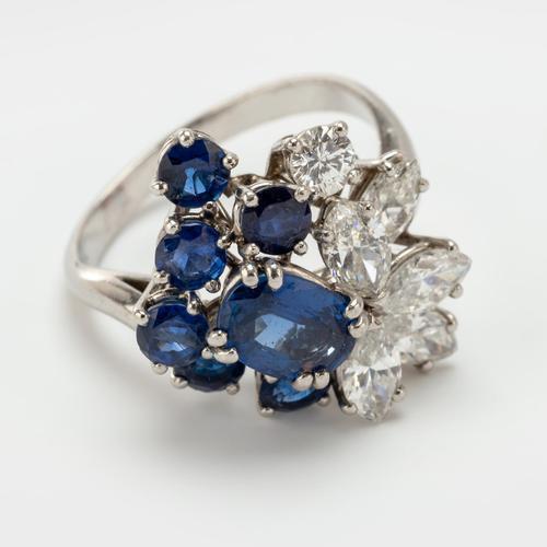 Vintage Chaumet 1.93 Carat Sapphire & 0.90 Carat Diamond Dress Ring c.1960 (1 of 9)