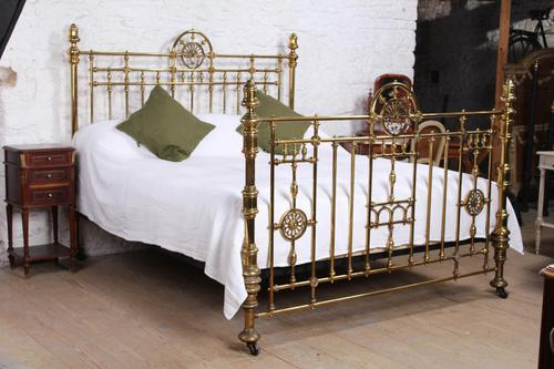 Handsome Super King Size Victorian all Brass Bed (1 of 12)