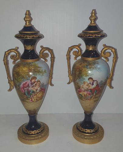 Pair of Hand Painted Early 20th Century French Porcelain Urns (1 of 8)