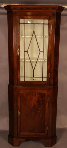 Georgian Floor Standing Corner Cupboard (1 of 5)