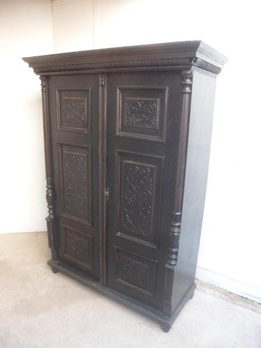A Trendy Victorian Black 1 Piece 2 Door Antique/Old Pine Extra Large Wardrobe (1 of 9)
