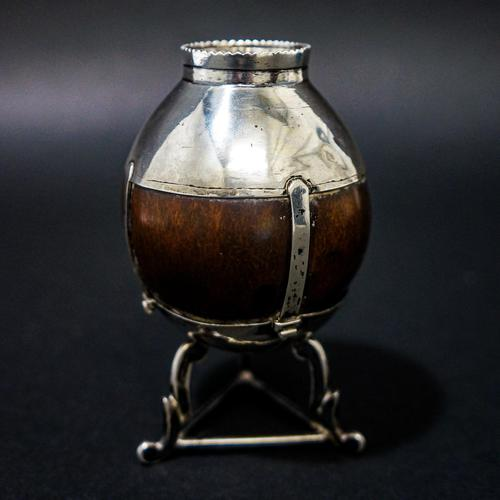 17th Century Silver Mounted Coconut Vase. (1 of 5)