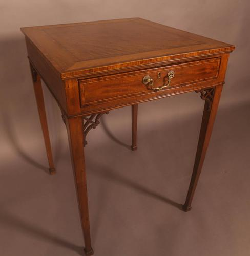 Very Rare 18th Century Occasional Table (1 of 10)