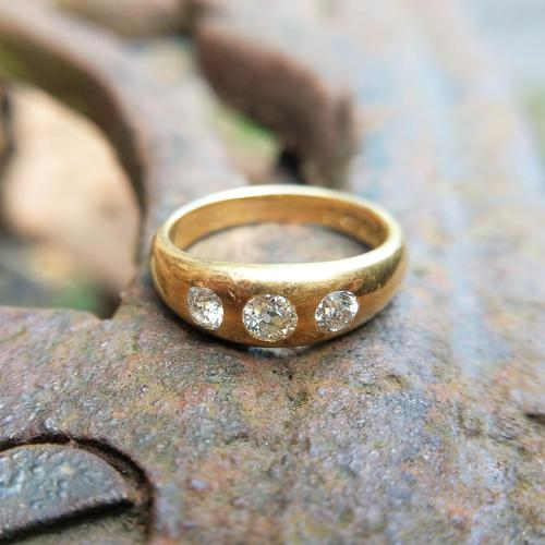 Victorian 18ct Gold Three Diamond Gypsy Ring, Antique Trilogy Ring (1 of 7)