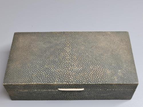 Large Antique Art Deco Shagreen Cigarette Box c.1920 (1 of 12)