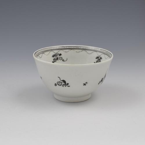 New Hall Porcelain Tea Bowl Pattern 308 Black Enamel Flower Basket c.1790-1800 (1 of 8)
