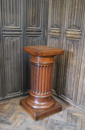 Fluted Oak Pedestal Column (1 of 4)