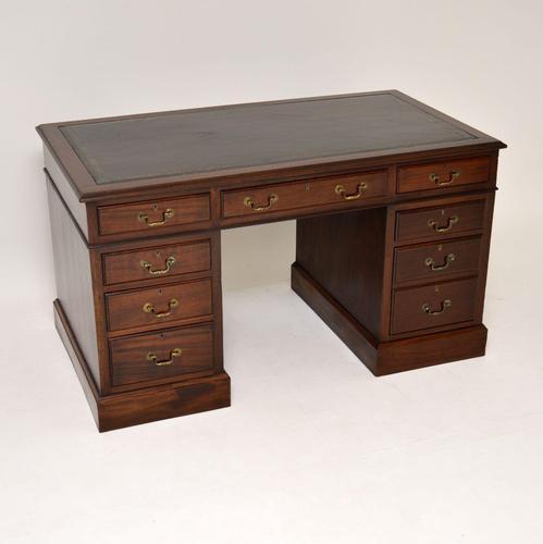 Antique Mahogany Leather Top Pedestal Desk (1 of 10)