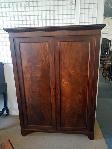 Edwardian Fitted Wardrobe (1 of 4)