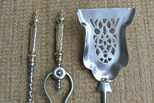 Victorian Steel & Brass Fire Irons Poker Tongs Shovel c.1850-1860 (1 of 8)