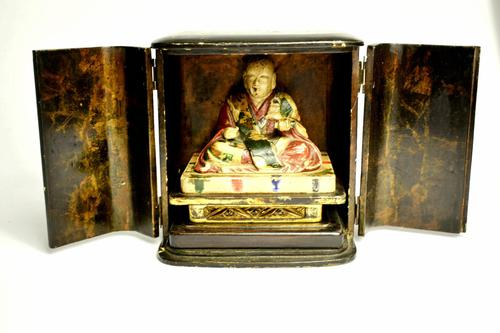 Travelers 19th Century Japanese Buddha/ deity in black lacquered case (1 of 10)