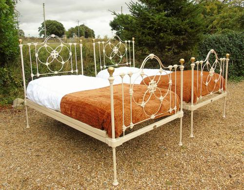 Pretty Pair of Victorian Large Single Beds Seventh Heaven (1 of 11)