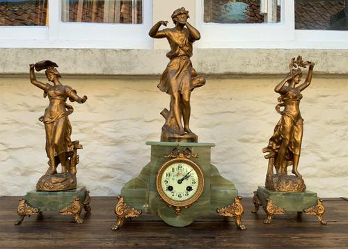Elegant Tall 19th Century French Gilt Metal & Onyx Garniture Mantel Statue Clock Set (1 of 13)