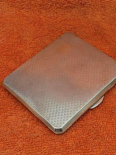Antique Sterling Silver Hallmarked Unusual Cigarette Case 1946  Bishton's Ltd (1 of 11)
