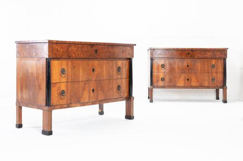 Pair of Early 19th Century Italian Walnut Chest of Drawers (1 of 10)