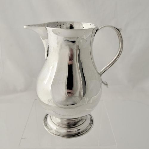 Iconic Georgian silver 'Sparrow Beak' jug  John Gammon London 1736 (1 of 5)