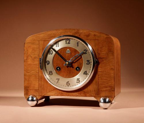 Art Deco Black Forest Very Stylish Walnut Mantel Clock c.1940 (1 of 8)