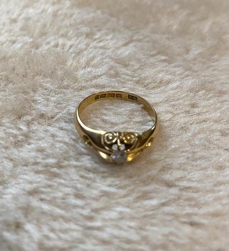18ct. Yellow Gold Single Diamond Ring 1903 (1 of 6)