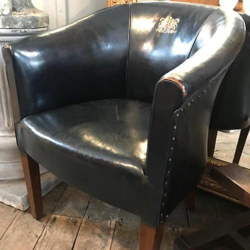 Early 20th Century Leather Chair with Crest (1 of 6)