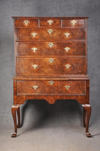 Early 18th Century Burr Walnut Chest on Stand (1 of 11)