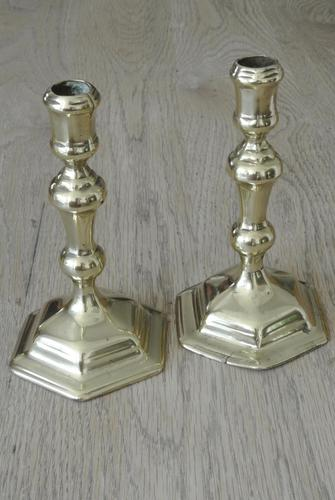 Good Pair of Early 18th Century English Georgian Brass Candlesticks c.1720 Seamed (1 of 9)