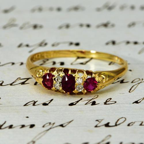 The Antique Late Victorian 1900 Ruby & Diamond Ring (1 of 4)