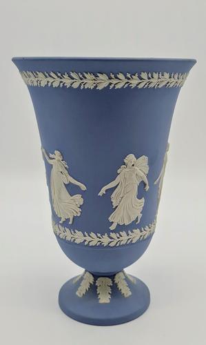 """Vintage 1970's Wedgwood Blue Jasperware Vase 8"""" Tall (1 of 5)"""