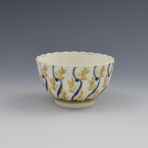 18th Century Caughley Porcelain Fluted Tea Bowl (1 of 10)