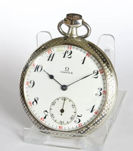 Antique 1920s Omega Pocket Watch (1 of 5)