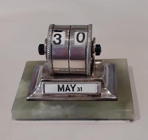 Silver Desk Calendar (1 of 6)