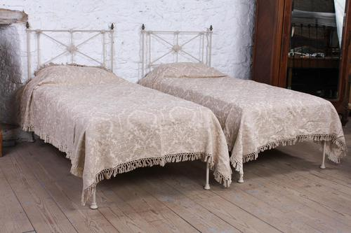Simple Pair of Single Victorian Iron & Brass no End Beds - Can be Joined (1 of 8)