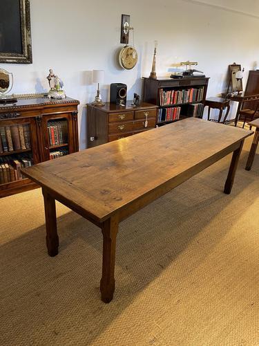 Farmhouse Table Oak (1 of 11)