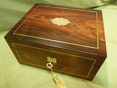 Unisex Rosewood Fitted Jewellery – Dressing Box. c1835 (1 of 12)