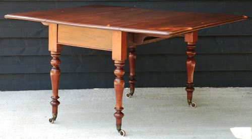 Good Quality Victorian Mahogany Pembroke Dining Table 'Seats 6 People' (1 of 10)