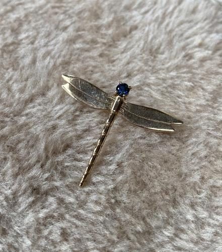 9ct Gold Dragonfly Brooch (1 of 4)