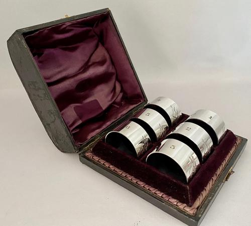 Set of Six Silver Plated Napkin Rings (1 of 6)
