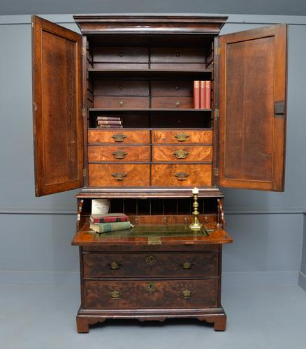 Early 18th Century Walnut Secretaire Writing Cabinet (1 of 31)