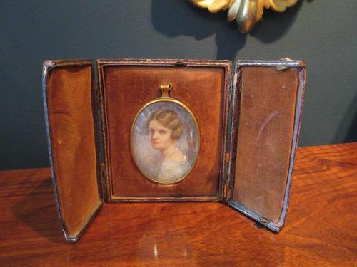 Antique Miniature Portrait in Original Case (1 of 9)