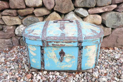 Scandinavian / Swedish 'Folk Art' Travel chest in blue paint and ironwork, 18th Century (1 of 37)