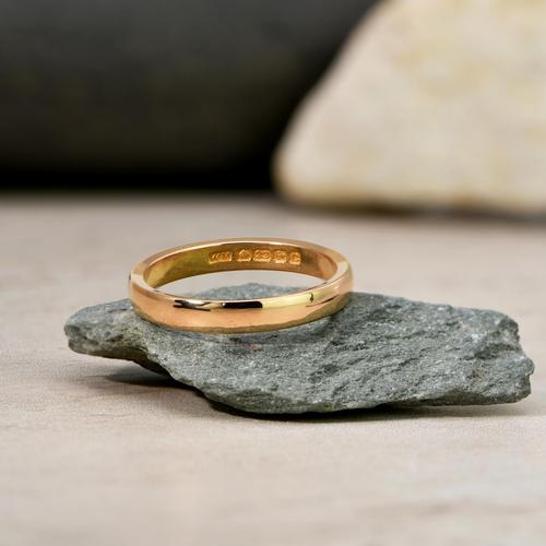 The Slim Vintage 1927 22ct Gold Wedding Band (1 of 1)