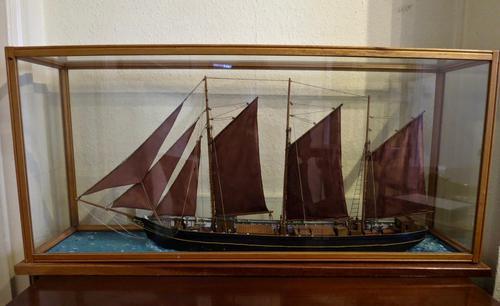 Cased Ships Model: 3-Masted Schooner (1 of 5)