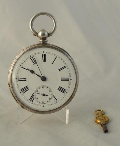 Gentelmans Victorian Silver Pocket Watch (1 of 4)