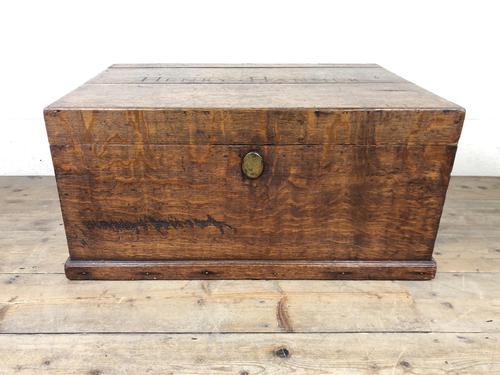 19th Century Oak Box Belonging to Henry Hanmer MP (1 of 16)