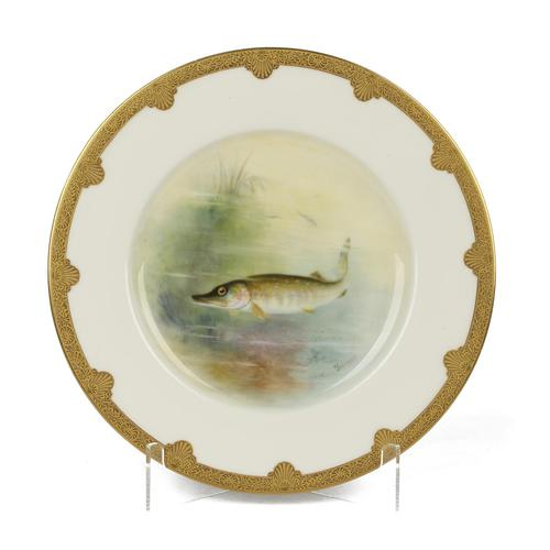Royal Worcester Hand Painted Cabinet Plate with A Pike by George B Johnson Dated 1921 (1 of 14)