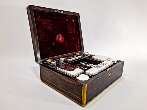 Coromandel Fitted Dressing Box (1 of 7)