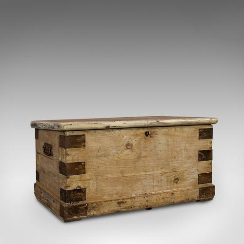 Antique Mail Chest, English, Pine, Carriage, Merchant, Victorian c.1880 (1 of 12)