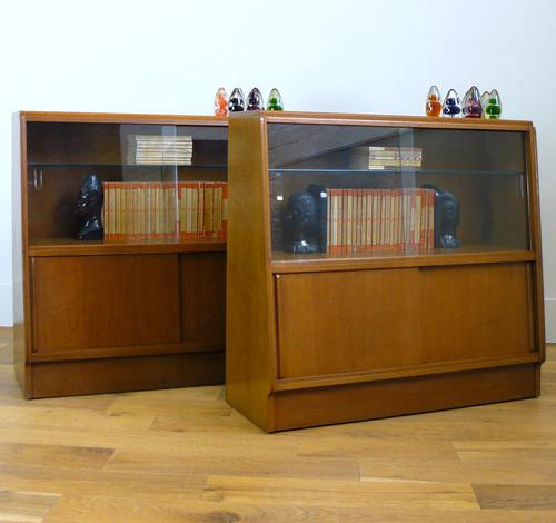 E Gomme G Plan Oak Mid Century Cabinet Bookcase Display Unit x 2 (1 of 18)