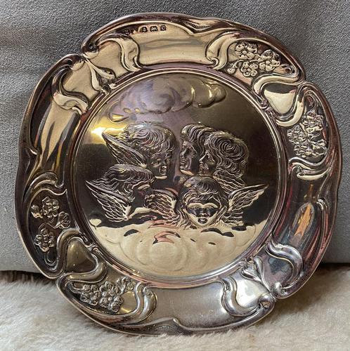 Silver Cherub Embossed Dish. (1 of 4)