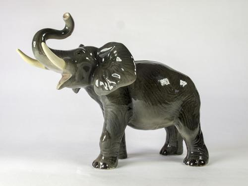 Vintage Large Melba Ware Ceramic Elephant (1 of 5)