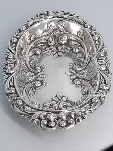 Victorian Silver Pin Dish - Birmingham 1897 (1 of 4)